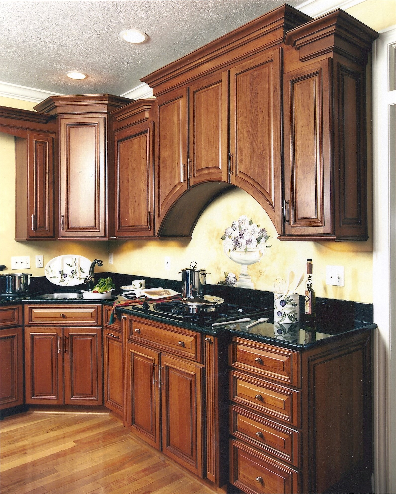 Kitchen Cabinets Lansing Mi