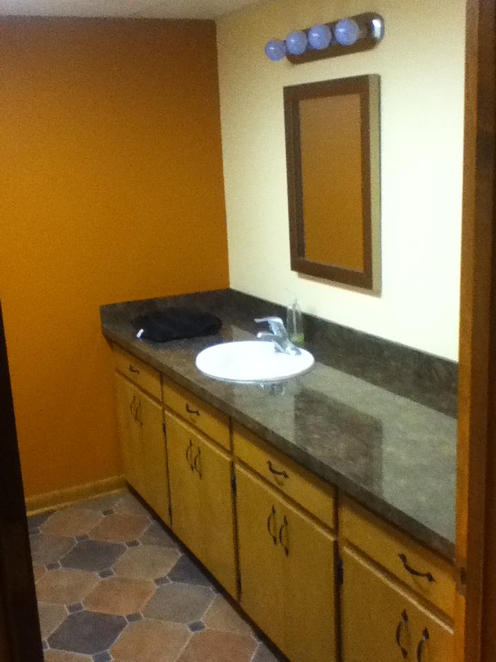 Bathroom Hi Def Counter Top